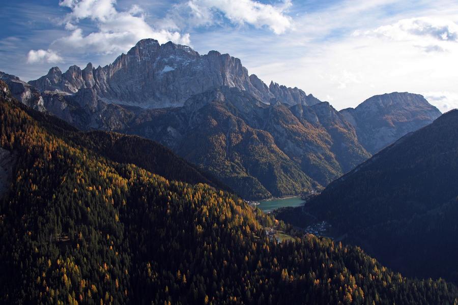 neskora-jesen-v-dolomitoch-monte-civetta-3220-m-